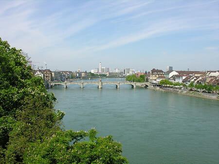 Recorridos por la ciudad de Basilea, Suiza 1