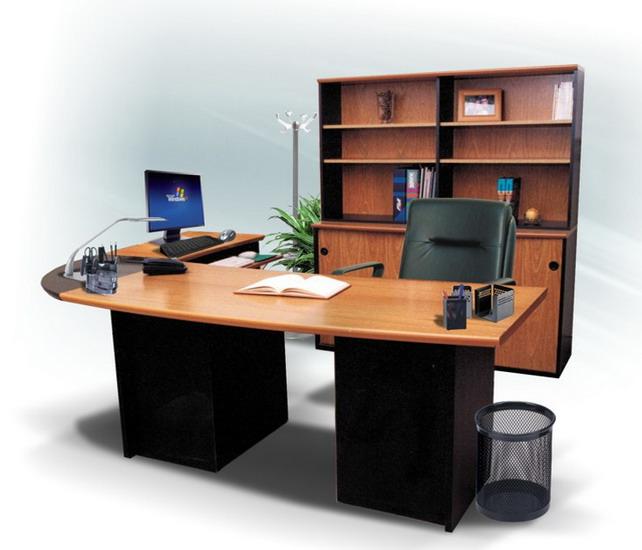 Pintar un escritorio de madera iorigen for Escritorios de oficina
