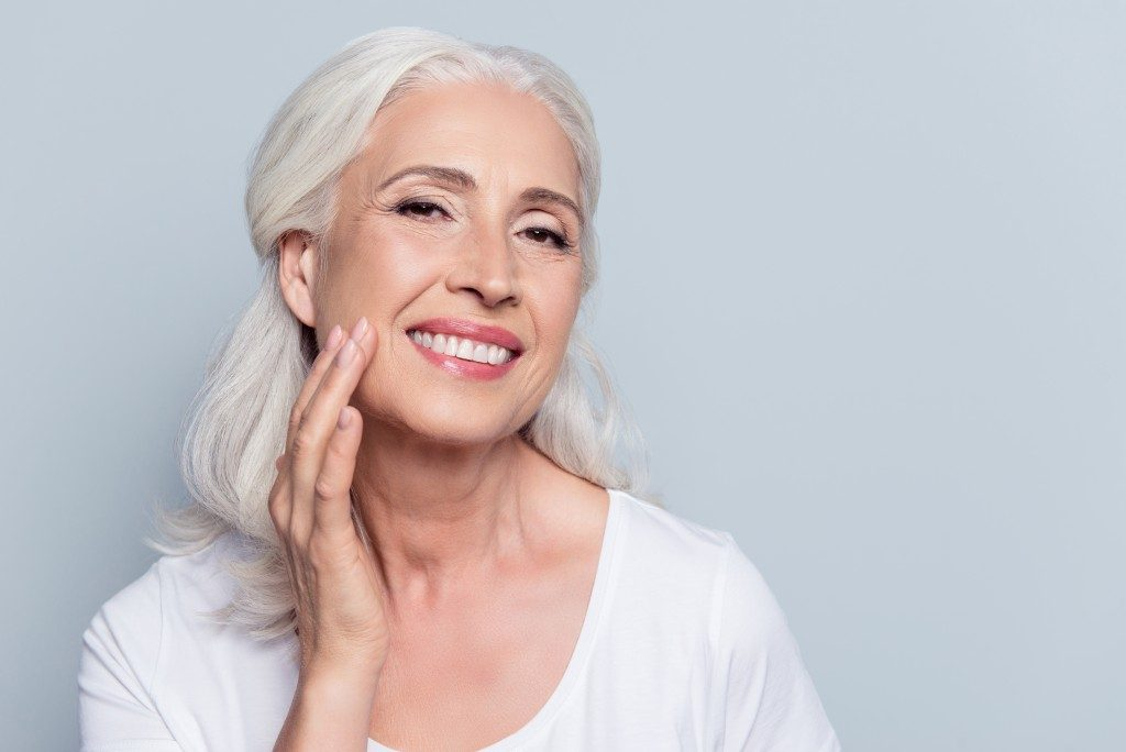 maquillaje mujeres viejas