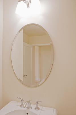 consejos para colgar un espejo en la pared iorigen