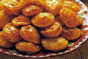 Tortitas de queso con miel, tortitas de queso, miel, receta italiana, postre italiano.