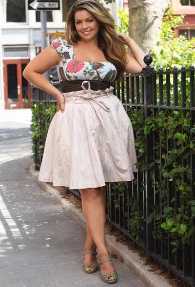 1f21da8dd ▷ Trucos de moda para gorditas: como usar falda de cintura alta ...