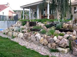 Cómo construir una rocalla en tu jardín