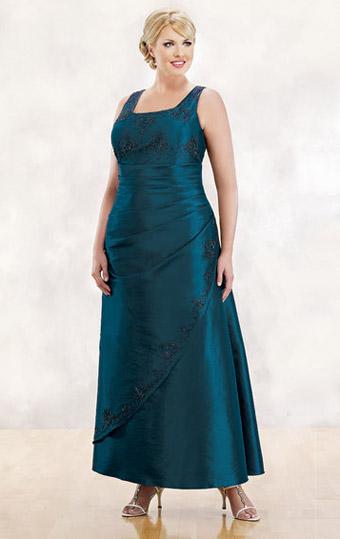 Modelos de vestidos para mujeres de talla grande