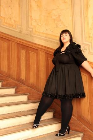 Vestidos elegantes talla grande, sensualidad en el negro