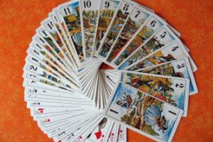 Tiradas aleatorias en las cartas del tarot gratis