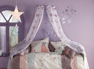 dedcorar cama con cortinas