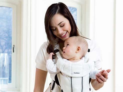 Cómo abrazar a un recién nacido