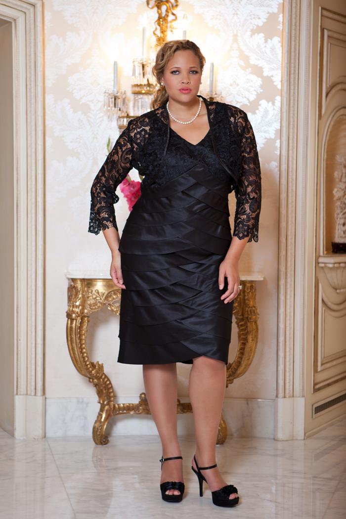 Vestido negro con encaje para tallas grandes