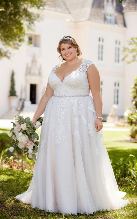 Romantic Cap Sleeve Wedding