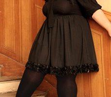 Vestidos para fiestas en talla grande, elegancia en el negro 1