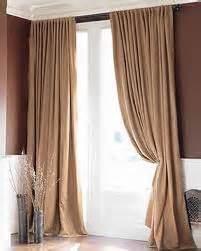 Cortinas marrones