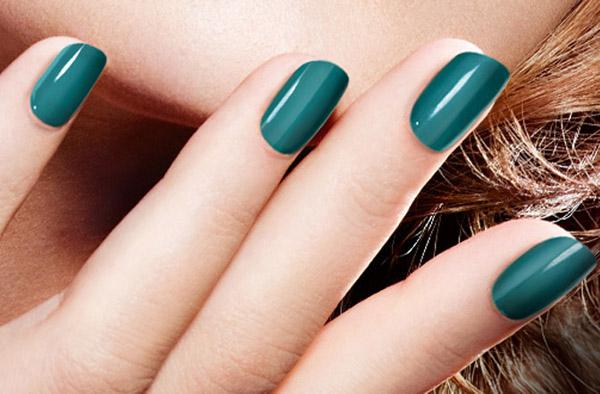 El Esmalte de Uñas en Gel de Color Club contiene una gran variedad de colores intensos y brillosos, perfectos para un manicure profesional. El aplicador del esmalte está diseñado para una cobertura completa y una fácil aplicación.5/5(3).