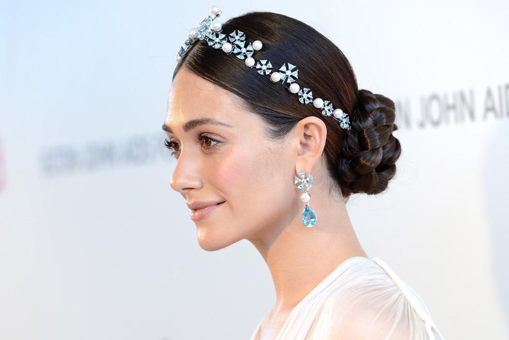 Peinados para invitadas de boda iorigen for Recogidos de famosas para bodas
