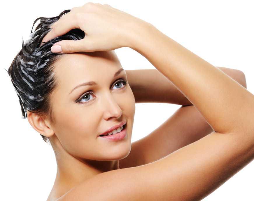 como lavarse el cabello