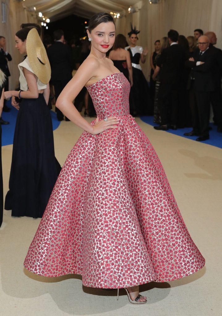 Miranda Kerr - Mejores outfits y peores estilismos Gala Met 2017