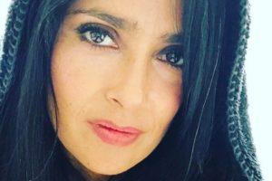 Salma Hayek muestra sus canas en Instagram