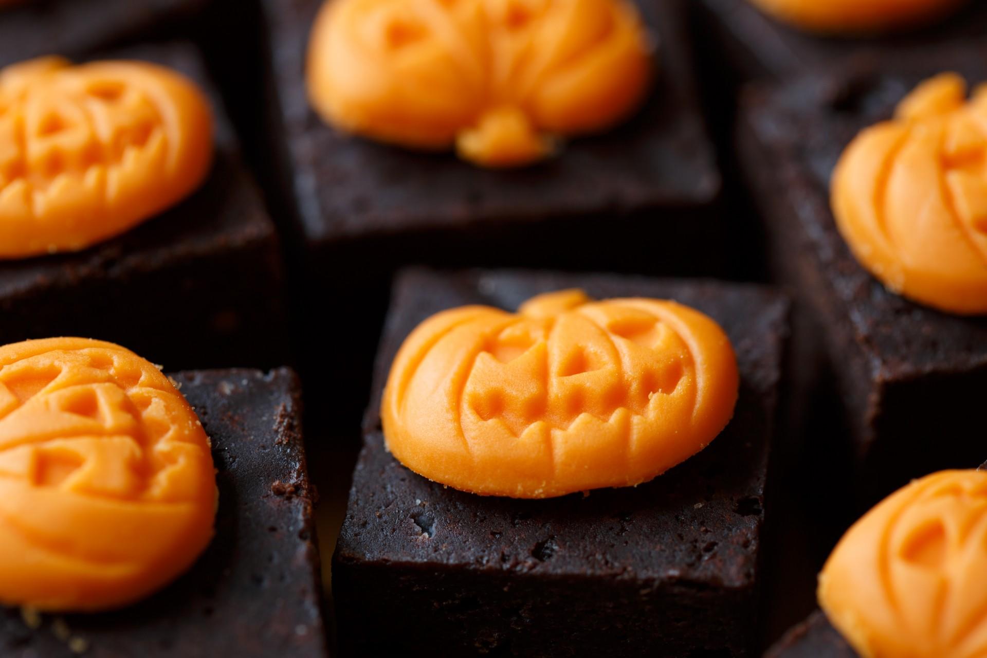 Postres de Halloween muy fáciles de hacer - brownies de halloween