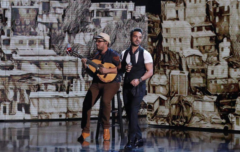 Lo más motivo de Los Grammy Latino - luis fonsi