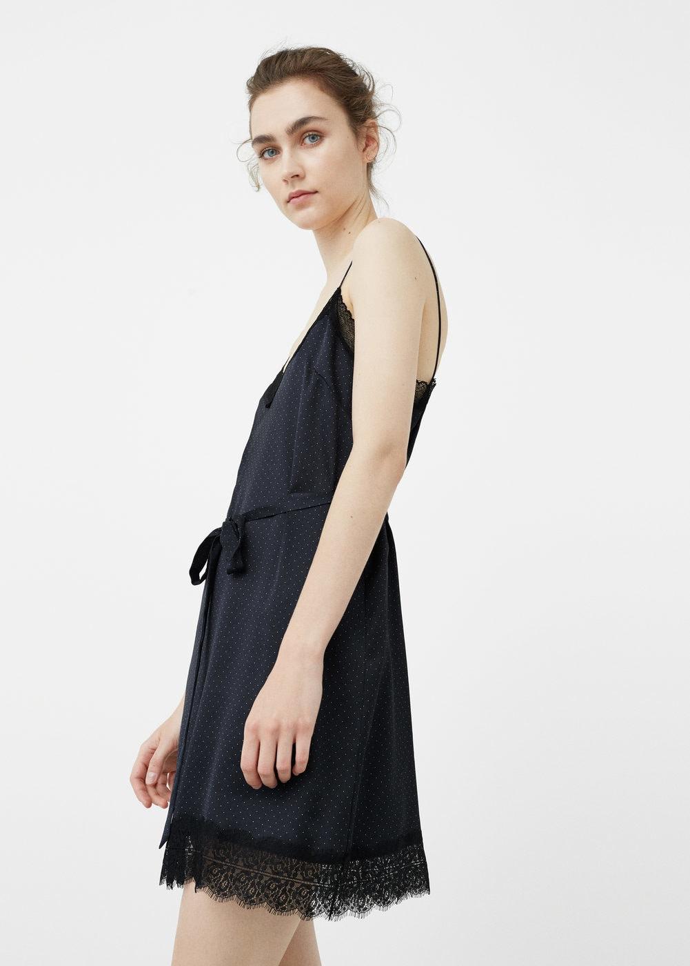 Vestidos Lenceros que podrás encontrar en Rebajas - vestido lencero con encaje