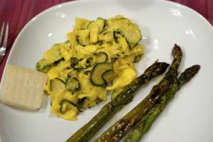 Huevos revueltos con calabacín