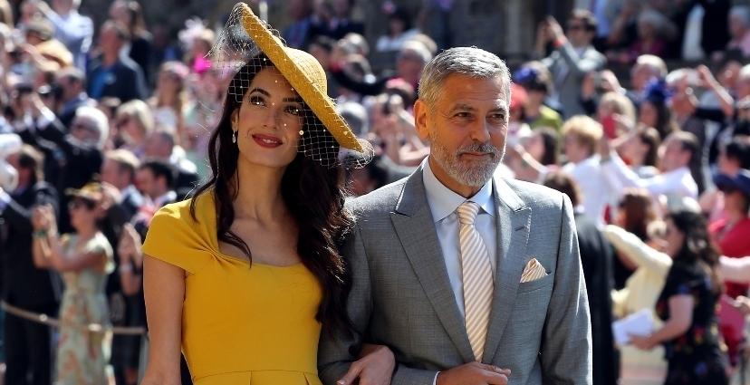 amal clooney - Los estilismos más comentados de la boda real de meghan Markle y el príncipe Harry