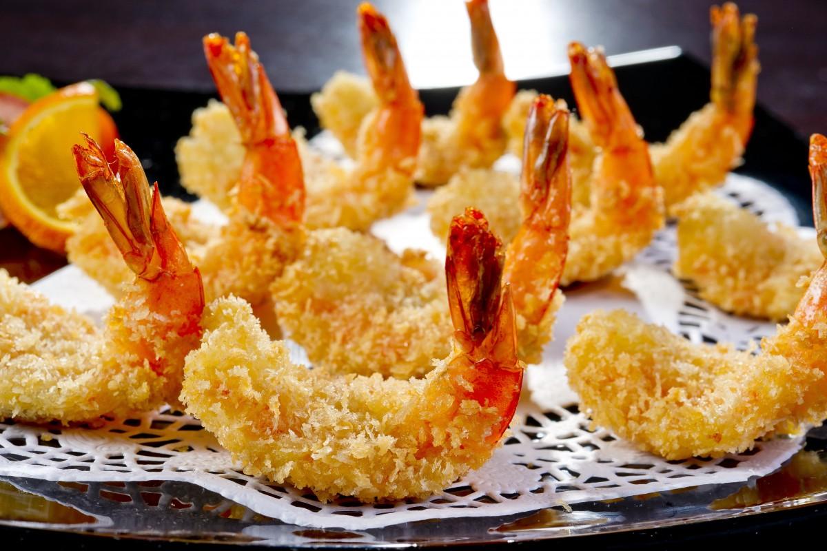 Gambas en tempura con coco
