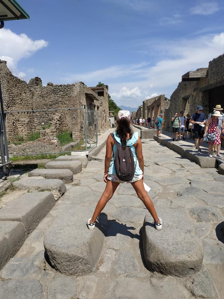 Pompeya cruzar calle