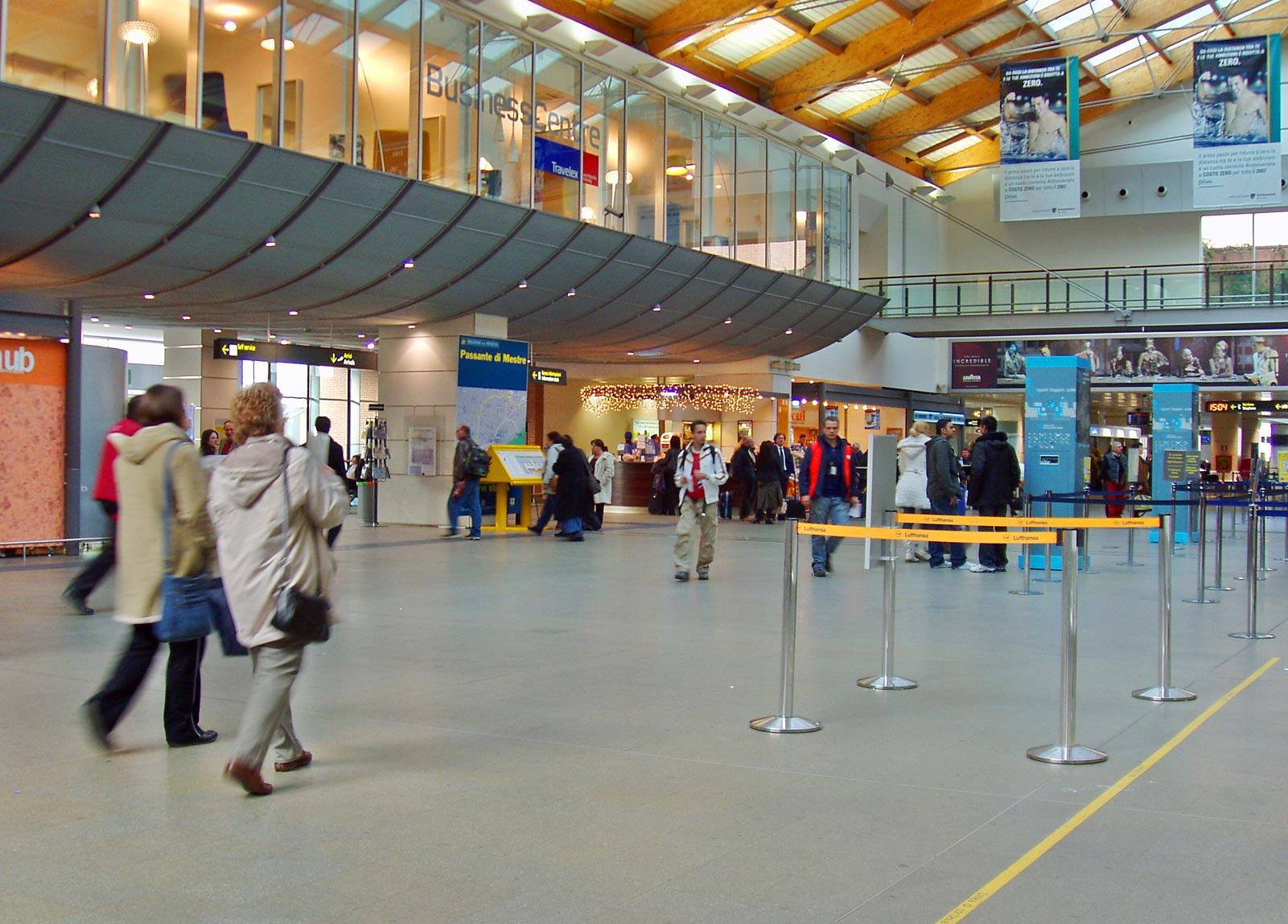 Aeropuerto Internacional Marco Polo